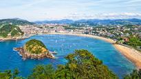 San Sebastian kicks off year as 'Capital of Culture' with beach concert