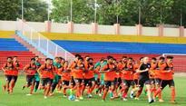 Captain Jhingan turns into `Indian spiderman` Subrata Paul's fan