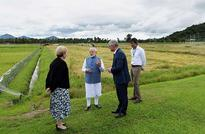 PM visits IRRI, contributes two Indian rice seed varieties to its gene bank