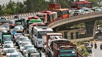 L-G tells CM about traffic decongestion measures carried out in Capital