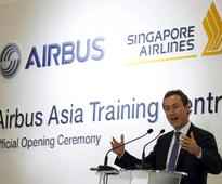 Airbus chief sees no quick decision on bigger A350