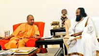 Babri dispute: Sri Sri Ravi Shankar to visit Ayodhya today