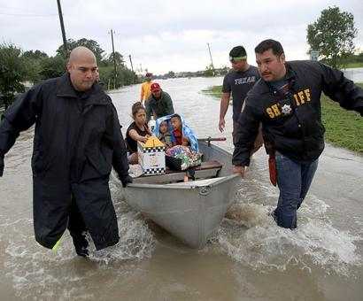 Hurricane Harvey continues rampage in Texas, 20 dead