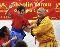 Shaolin monk brings tradition of kung fu to Chinatown