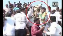 Karnataka Minister DK Shivakumar once again loses his cool and slaps a man trying to take a selfie; Video goes viral