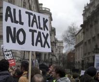 Under fire, Cameron announces Panama Papers taskforce