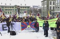Tibetans demonstrate against Xi Jinping's Swiss state visit