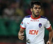 Indian Super League: Delhi Dynamos F.C. sign Mohun Bagan duo Souvik Chakraborty and Kean Lewis