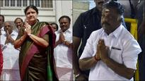 LIVE | Tamil Nadu crisis: Panneerselvam stood with Jayalalithaa, can't be called 'traitor', says BJP