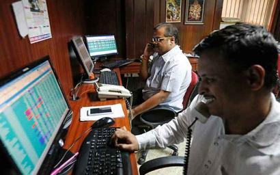 Tech stocks propel Sensex past 34K mark
