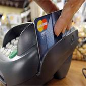 Jewellers chase clients with card and credit offers