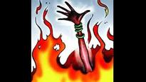 Uttar Pradesh: Two sisters set on fire while sleeping