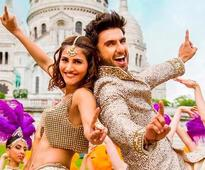 Ranveer and Vaani do `Khulke Dulke` Bhangra in Paris!