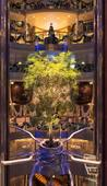 Celebrity Reflection: Show-stopping glamour