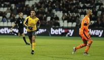Arsenal crush West Ham thanks to Sanchez treble