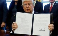 Trump order banning some Muslim immigrants hits partial roadblock