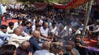 Back on road: Ambulance staff call off strike on agreement
