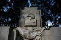 Polish agency pushes to take Soviet monuments off streets