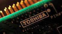 Apple considering to team up with Foxconn to bid for Toshiba's chip division, says report