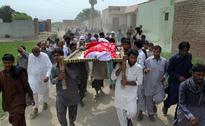 Family, friends mourn social media star Qandeel Baloch in Pakistan