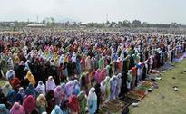 Thousands Offer Eid Prayers In Jammu And Kashmir