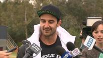 Jobe Watson praised for his hat choice at media conference