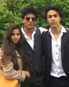 Feel sorry for actors who are not graduates; both Aryan-Suhana need to complete their graduation first - Shah Rukh Khan