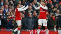 Alexis Sanchez and Mesut Ozil want to stay at Arsenal, says Arsene Wenger