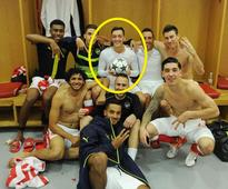 7 things revealed by Mesut Ozil's photo from inside Arsenal's dressing room