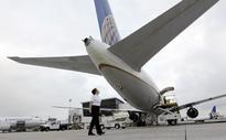 United Continental posts 1Q loss of $417 million as costs rise, revenue rose 1 percent