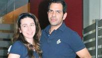 Official: Karisma Kapoor wins the custody of kids after divorce with Sunjay Kapur