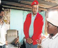 Mpofu campaigns in Red Location