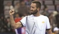 Troicki stuns Nadal, Murray cruises