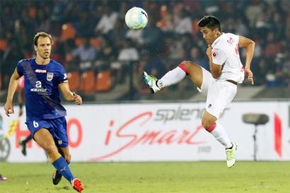 Mumbai finish on top after playing goalless draw vs Delhi