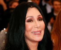 Cher wins dismissal of lawsuit over album cover font