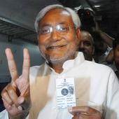 As it happened: Nitish Kumar thanks Congress, CPI after Bihar trust vote win