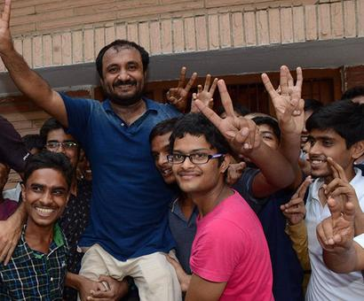 28 students from Super 30 crack IIT-JEE