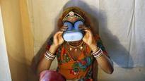 Aadhaar proves its usefulness again as Karnataka successfully transfers subsidies to one million farmers
