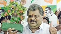 EC failed to curb money power: GK Vasan