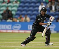 New Zealand wicketkeeper Luke Ronchi retires from international cricket, to continue playing in T20 leagues