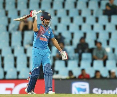 PHOTOS: Pandey, Dhoni rally India with scorching fifties
