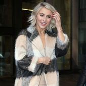 Julianne Hough is bad at phone sex