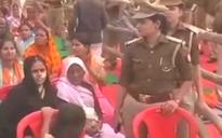 WATCH | Muslim woman asked to remove burqa at Yogi Adityanath's Ballia rally