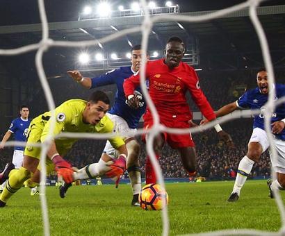 Mane the main man as last-gasp Liverpool triumph