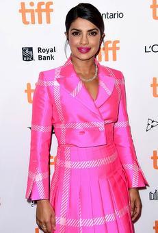 Priyanka looks WOW at TIFF