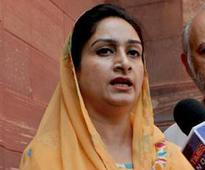 Government, Congress in a spat over Harsimrat Badal