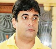 IPL spot fixing case:Mumbai Police conducts raids at Gurunath's residence