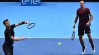 Murray & Soares beat Bryan brothers
