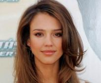 Jessica Alba honoured for philanthropy