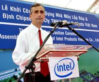 Intel picks insider as CEO, dashing investor hopes for shakeup of firm